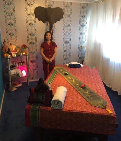 wood spa massage bed for sale 11111111 - دول الخليج توريد أسرة التدليك